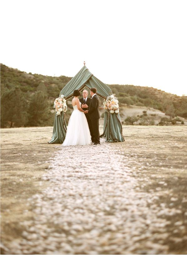 Wedding For Two By Aaron Delesie Lisa Vorce Mindy Rice Part Ii Style Me Pretty