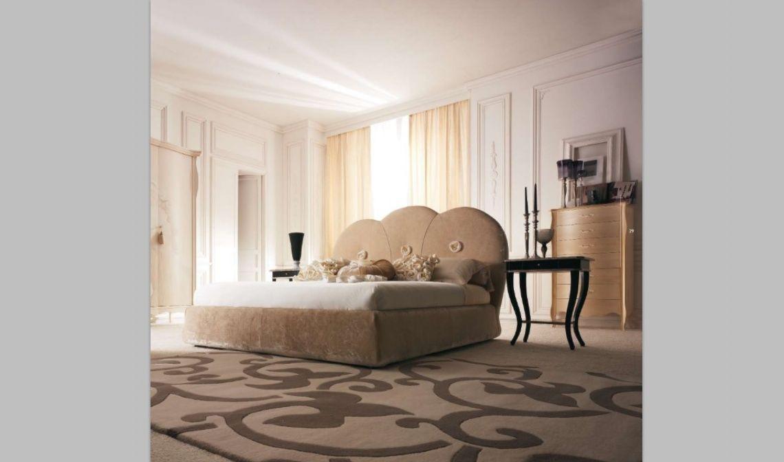 169 Cabecero tapizado con bancada también tapizada   Mueble clásico ...