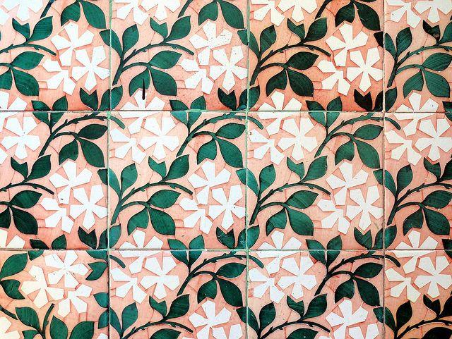 Pin di monica pieressa su foglie piastrelle pavimenti e design