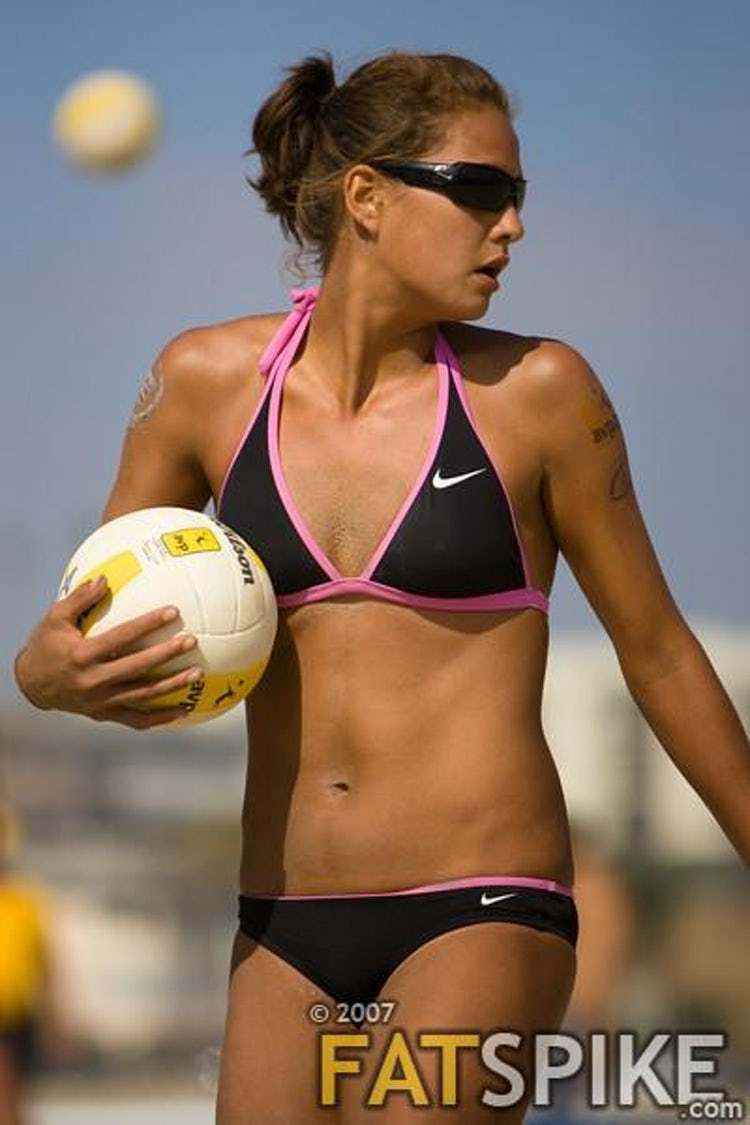 The Most Stunning Female Volleyball Players With Images Female Volleyball Players Beach Volleyball Bikinis Volleyball Players