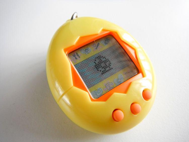 BOXED TAMAGOTCHI Yellow Orange Working in English 1997 ...