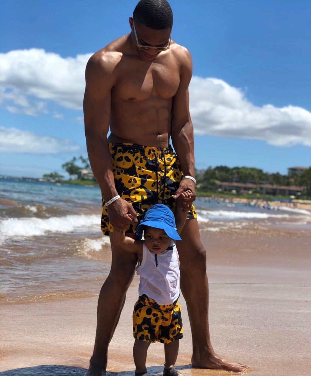 Who's ready for the beach 🏖? russwest44 and his King 👑 in
