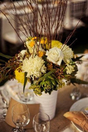 nice arrangement & good colors for a variety of table settings
