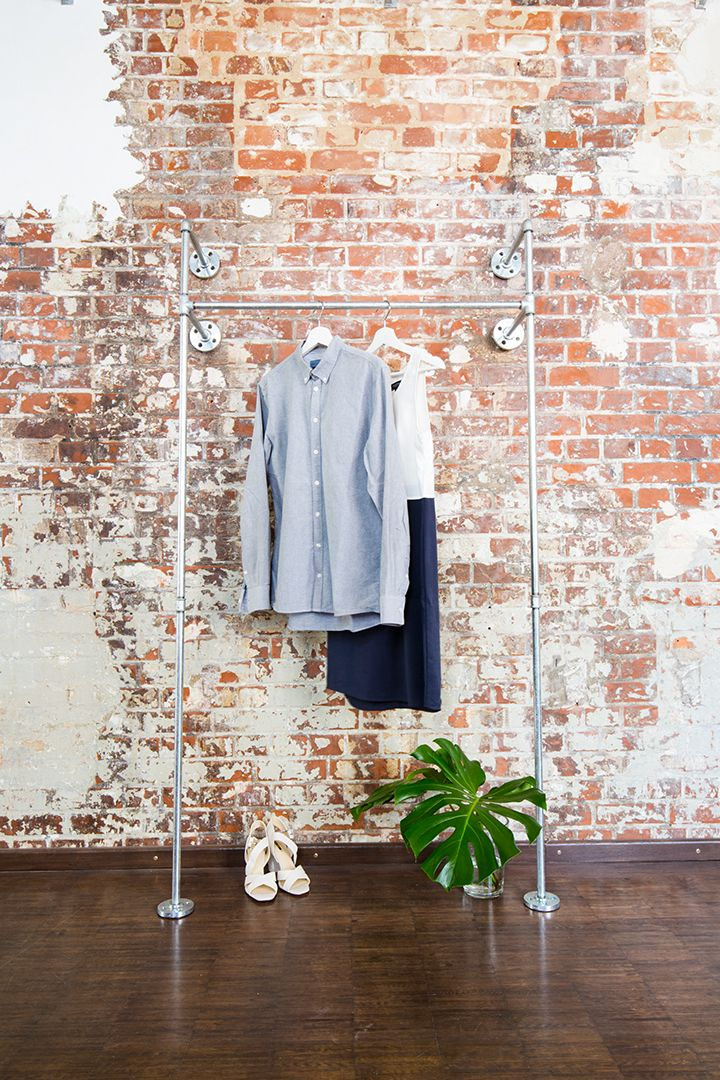offener kleiderschrank open wardrobe system stahlrohrdesign industriedesign industrial. Black Bedroom Furniture Sets. Home Design Ideas