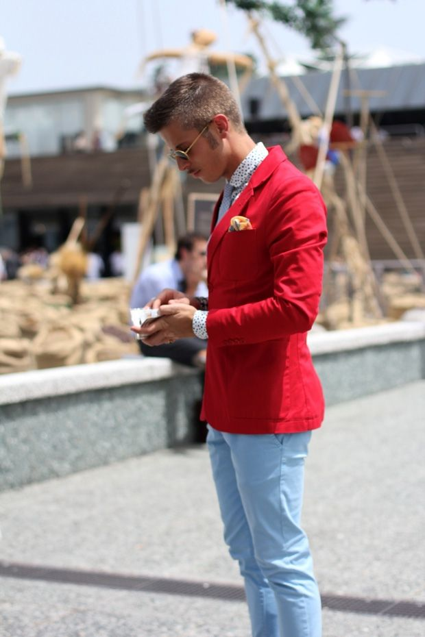 4ebcdafbec Look de moda  Blazer de algodón rojo