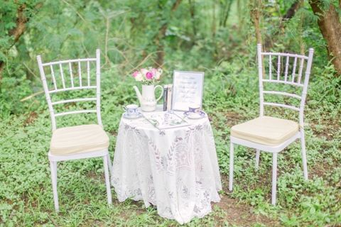 Try a charming set-up such as this for garden weddings! | As featured on www.bridalbook.ph | Photo by Foreveryday Photography