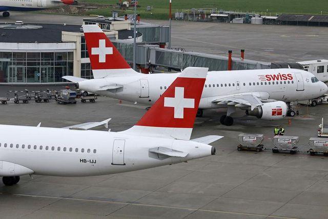 瑞士航空澄清不會撤出 薦呢華   Rage, Aircraft