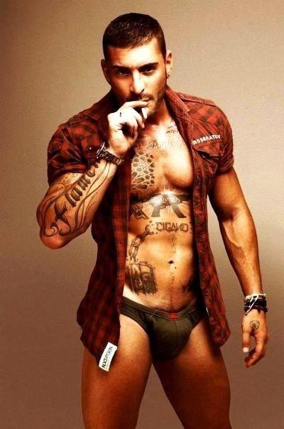 Sticky Wanking For Tattooed Latino