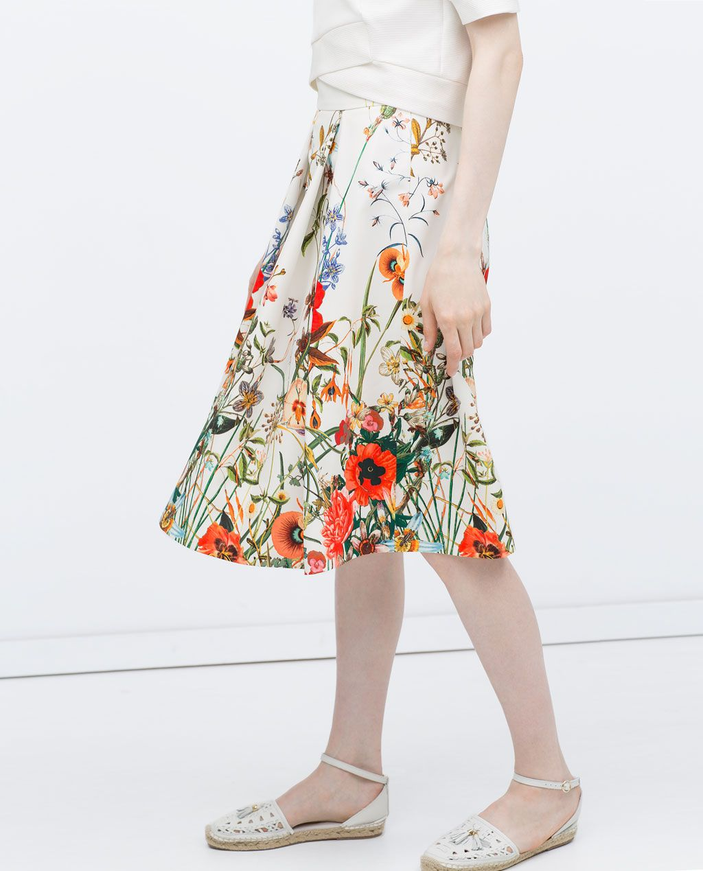 722c6104 Image 3 of PRINTED SKIRT WITH PLEATS from Zara   ON MY PERSON ...