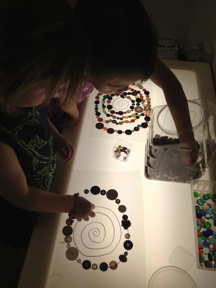 Light table arrangement with buttons light exploration pinterest reggio children reggio - Cap bagno reggio emilia ...