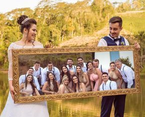 13 creative photos for you to take with your groomsmen and bridesmaids  – Weddin…