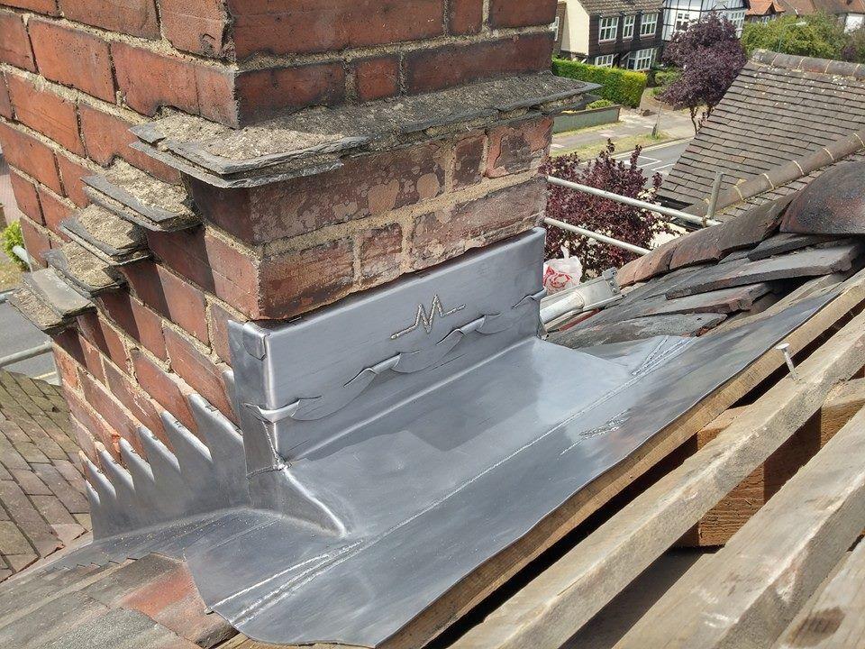 Some Great Looking Leadsheet Jobs There Roofmedic How We Like It Techos De Casas Aislamiento De Tejados Techo De Teja
