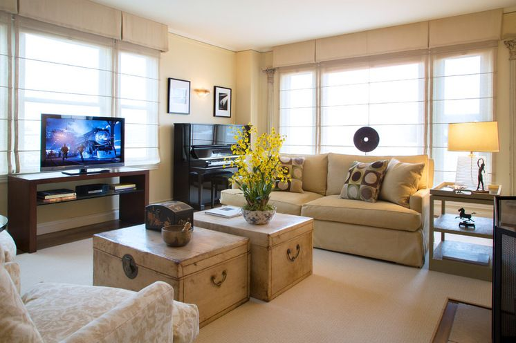My Houzz A Tranquil Place On A Busy Street Livingroom Layout Asian Living Rooms Living Room Redo
