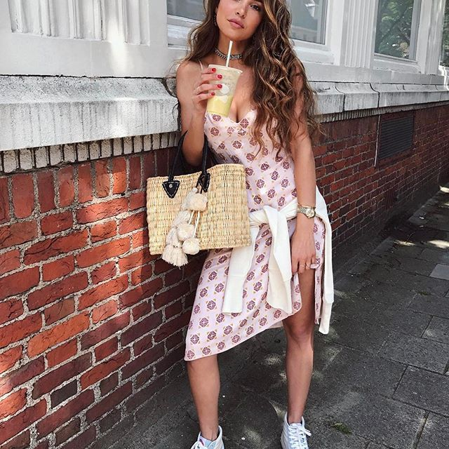 In the mood for prints, wearing @shop_sincerelyjules dress. ☀️
