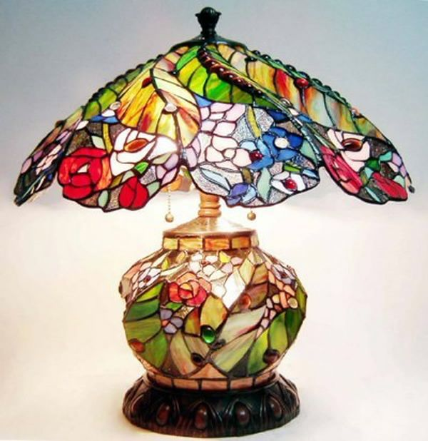 Tiffany Style Stained Glass Table Lamp with Lighted Base