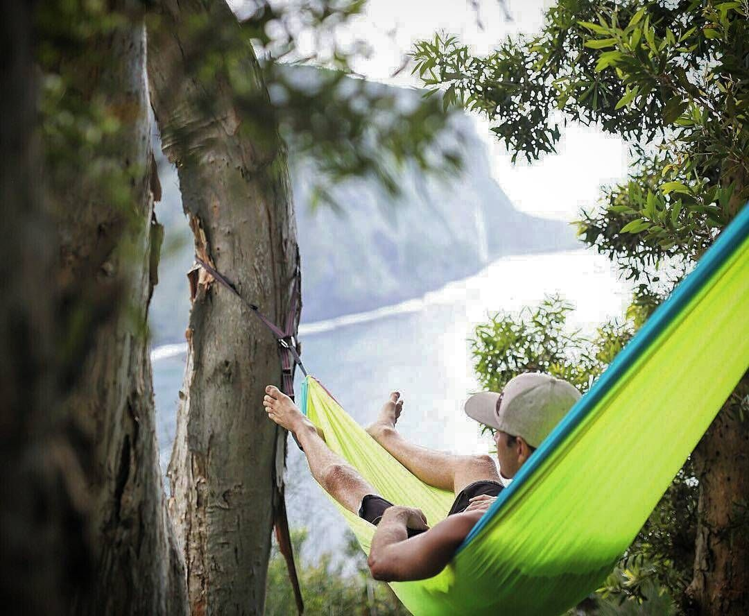 Off grid hammock projecthammock on pinterest