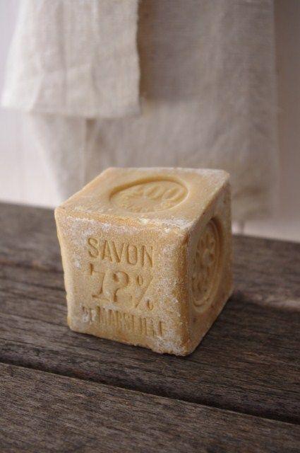 72 d 39 huile d 39 olive le vrai de vrai savon de marseille. Black Bedroom Furniture Sets. Home Design Ideas