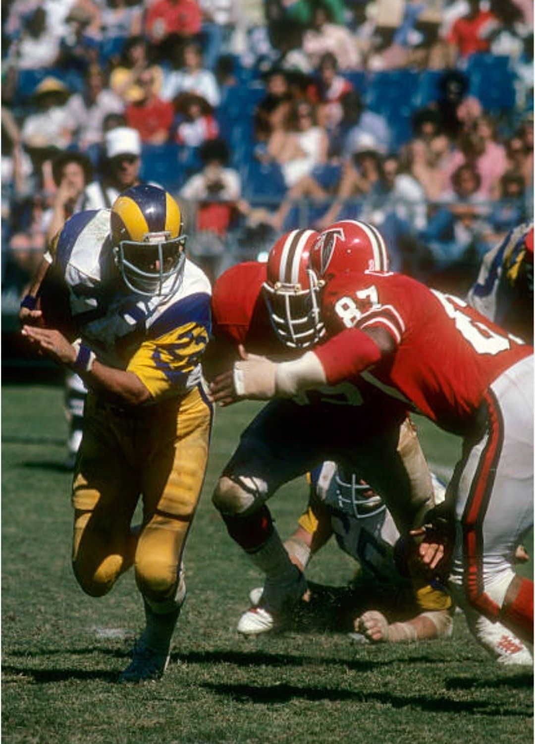Pin By Benny Davenport On Falcons Football In 2020 Falcons Football Rams Football La Rams Football