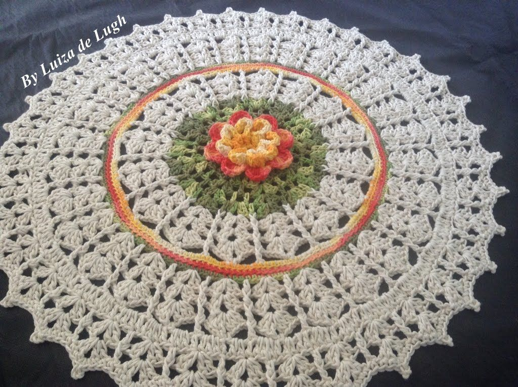 Jogo de banheiro 39 meu jardim 39 tapete da pia luiza de for Tapetes de crochet