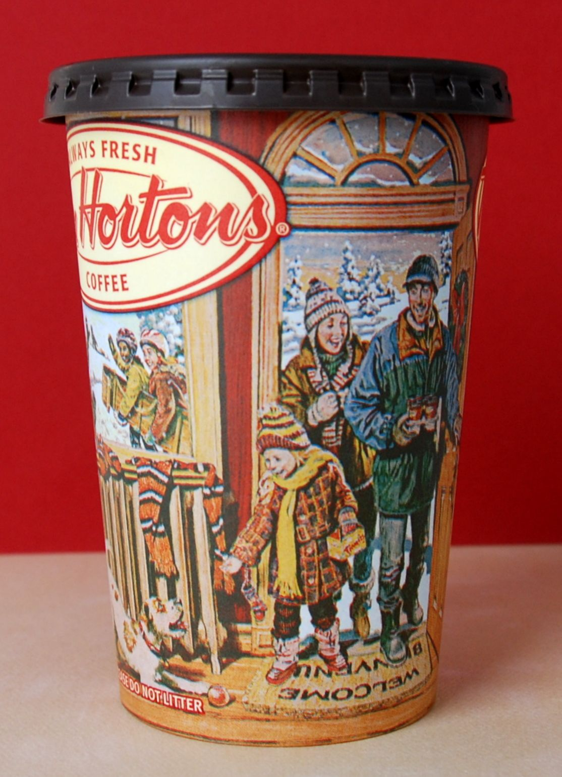 Tim Hortons holiday cup Tim hortons coffee, Holiday cups