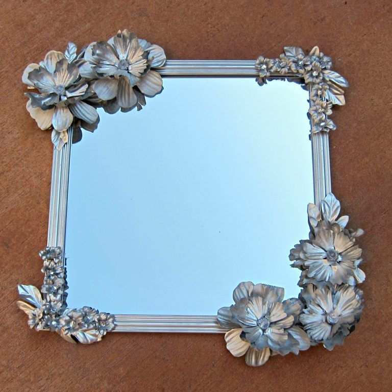Flowered Mirror DIY | for my booth | Pinterest