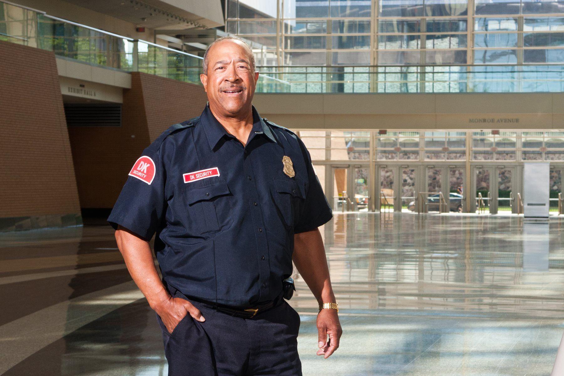 4 benefits of professional security uniforms best buy