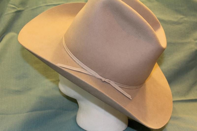 e82dbd4e530 Vintage American Hat Company Men s Western Fur Felt Hat Tan Beige Size 7 1 4 …