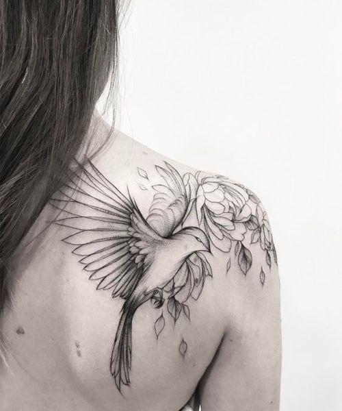 Fascinating Flying Bird And Flower Shoulder Tattoos For Women Styles Beat Shoulder Tattoos For Women Bird Tattoos For Women Tattoos