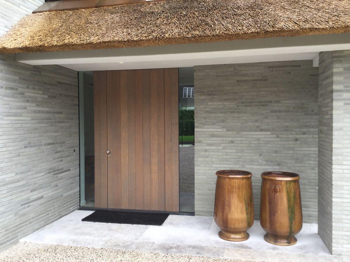 Voordeur house pinterest voordeuren entree en hout