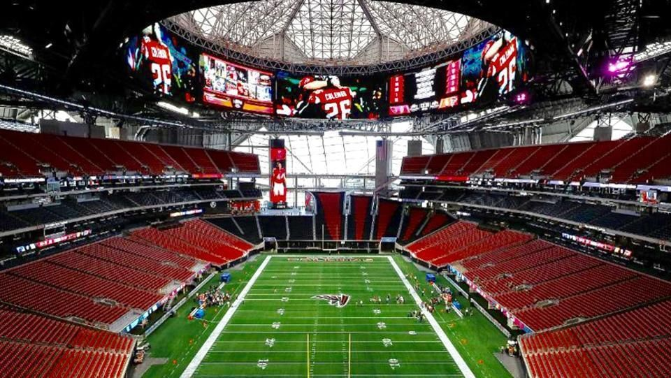 This Auction Is For 2 Side By Side 30 Yard Line Tickets To The College Playoff National Championship Game At Mercedes Benz With Images Super Bowl Stadium Championship Game