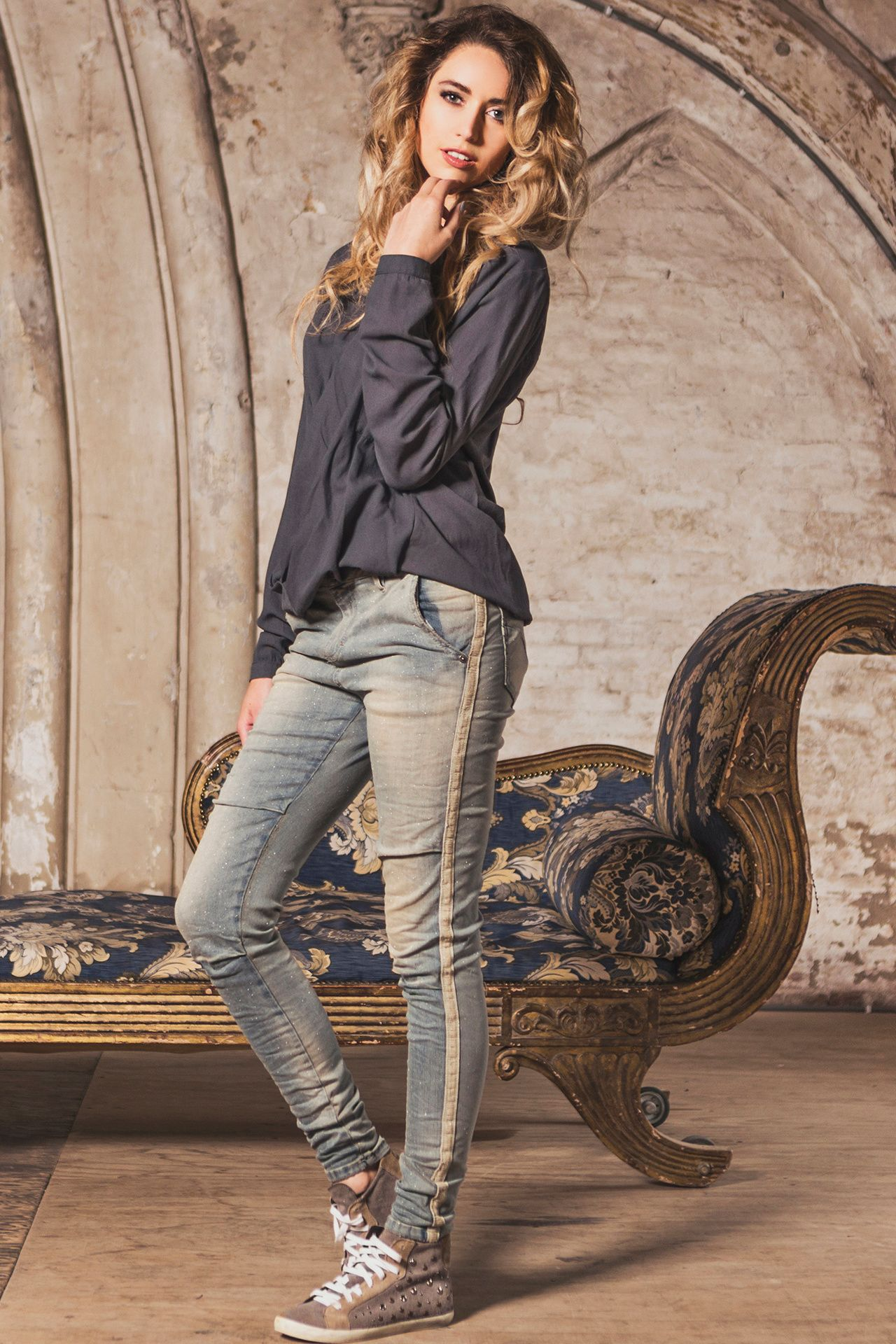 #Maryley glitter 5-pocket jeans met zijstreep #Trends # ...