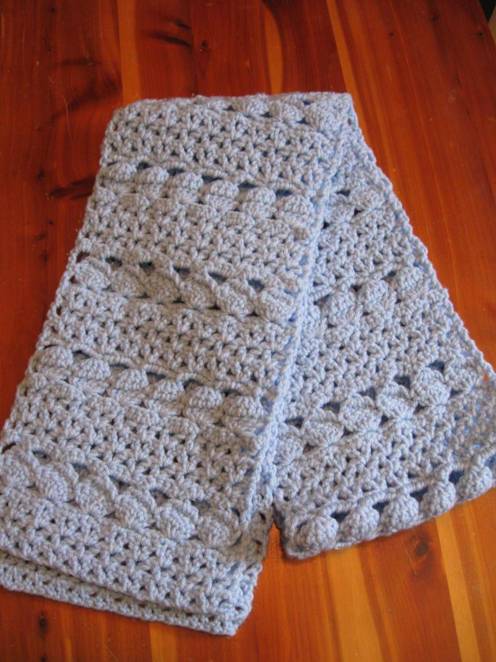 Cozy Blue Crochet Scarf | Puntos crochet, Puntadas y Tejido