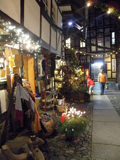 weihnachtsmarkt im kunsthof in wernigerode. Black Bedroom Furniture Sets. Home Design Ideas