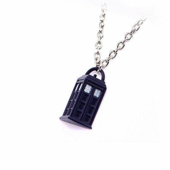 Doctor Who TARDIS Pendant (DWHOTDPNK02)