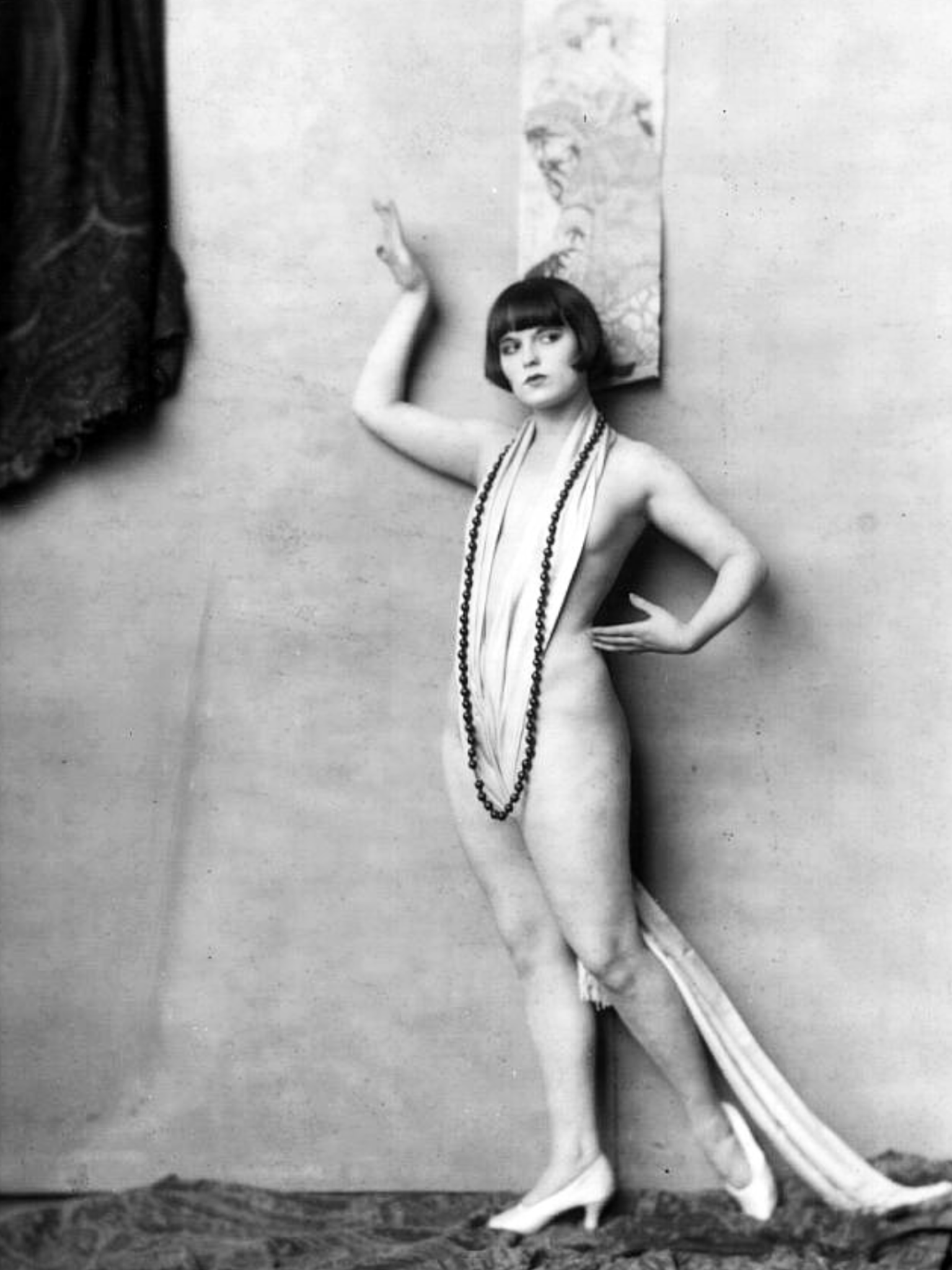 2ca4222bef10 Louise Brooks 1925 and her perfect and lewd imperfections
