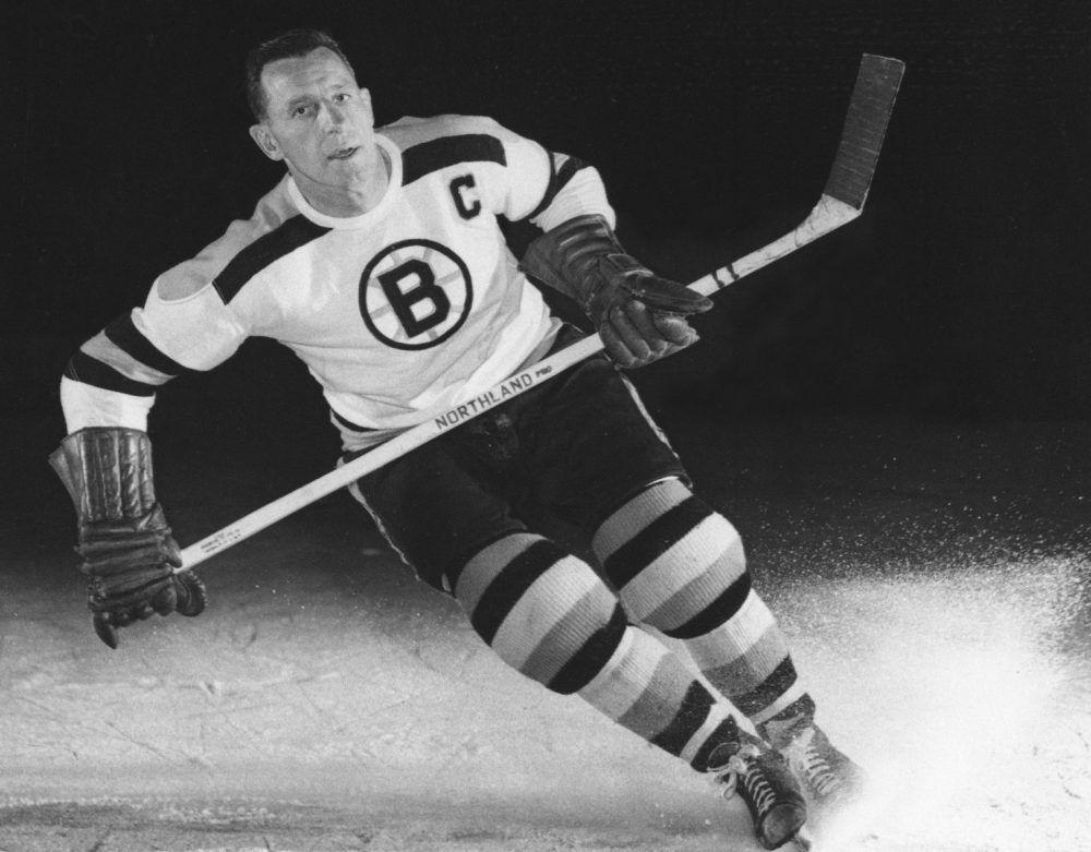 Bruins Legend And Hockey Hall Of Famer Milt Schmidt Dies At 98 Bruins Boston Bruins Boston Bruins Hockey