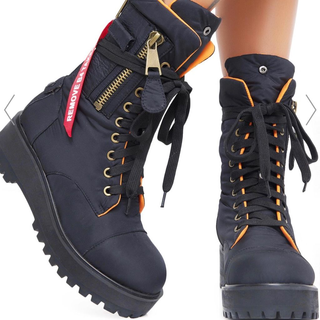Poster Girl combat boots | Girls combat