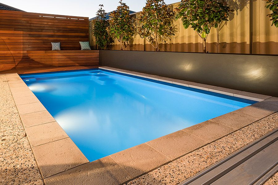 Small Narrow Swimming Pool Ideas In 2021 Swimming Pools Fiberglass Swimming Pools Pool