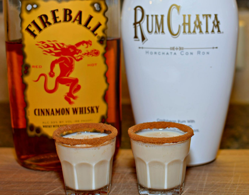 Cinnamon Toast Crunch Shots - The Cookin Chicks