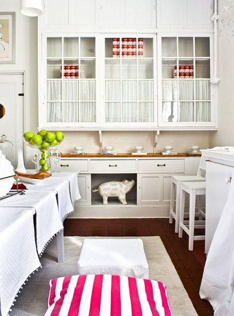Best Beautiful Efficient Small Kitchens Kitchen Cabinet 400 x 300