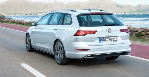 Volkswagen Golf 8 E Nuova Skoda Octavia Debutto Imminente Il Sole 24 Ore Skoda Octavia Volkswagen Skoda