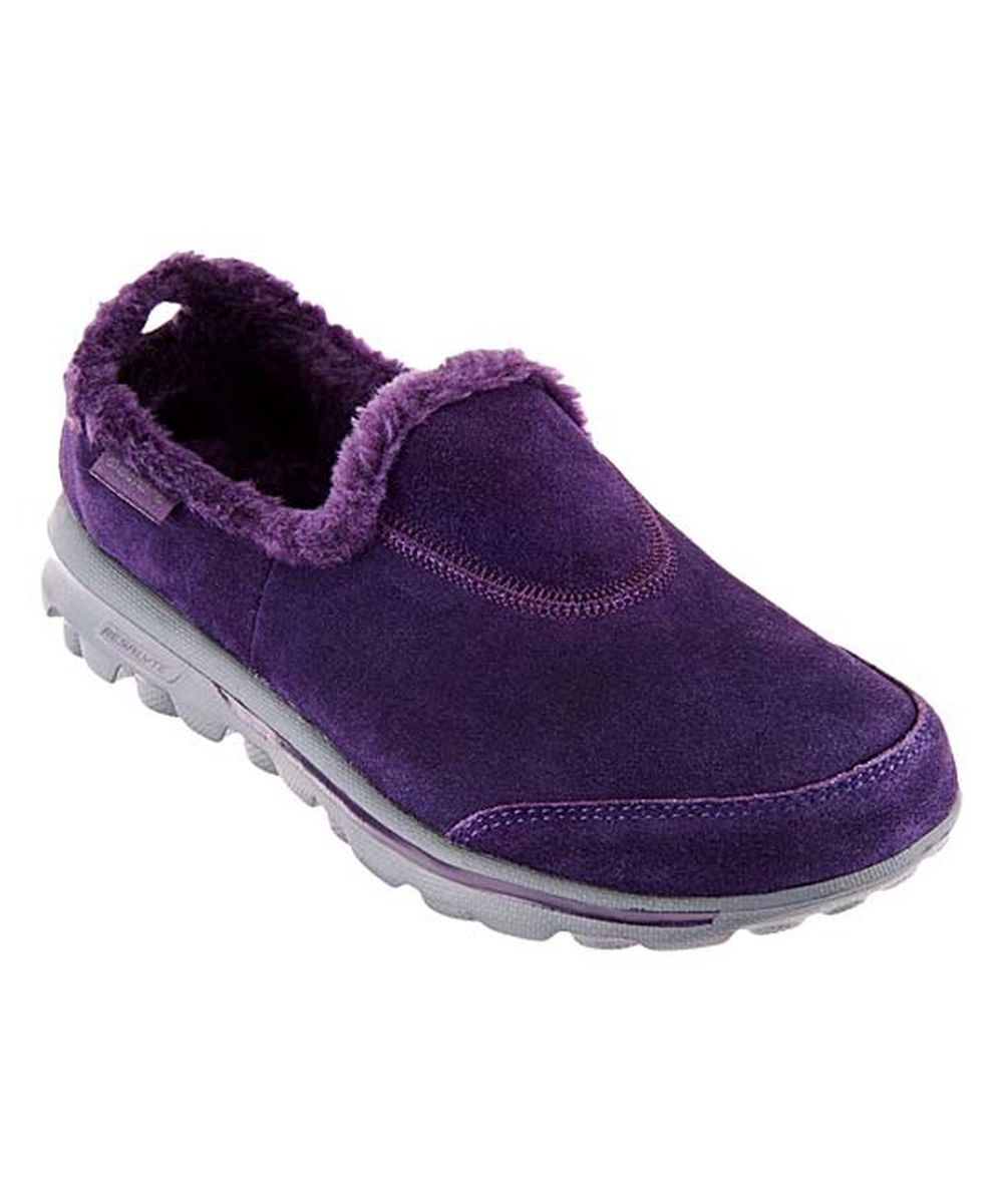Comfy walking shoes, Skechers
