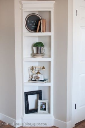 Corner Shelves I Like The Fact That It Has Sides And A Plinth Top To Look Solid Dressed Hornhylla