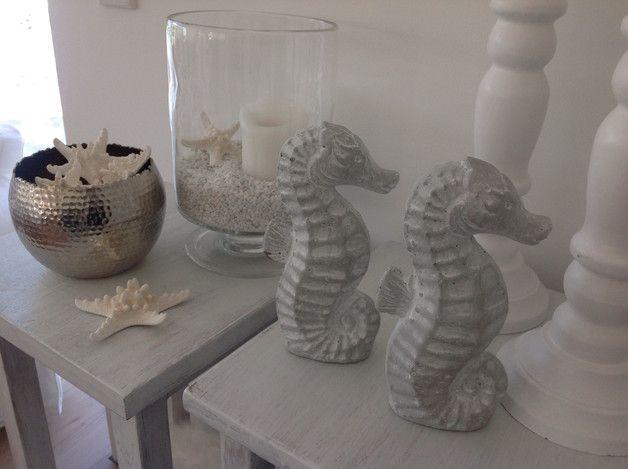 Wohnzimmertisch betonoptik ~ Wunderschönes seepferd in grau weiß in betonoptik supi für den
