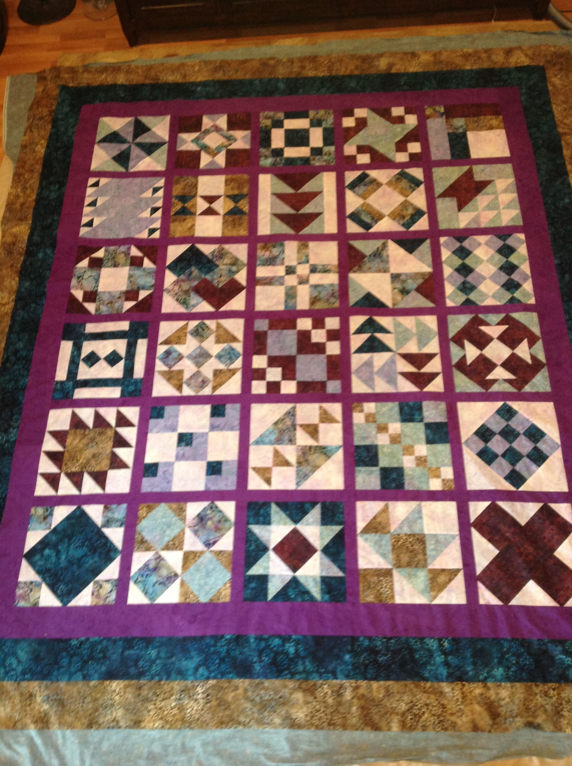 Sampler With 12 Inch Blocks Queen Size Quilt Queen Size Quilt Quilts Quilt Blocks