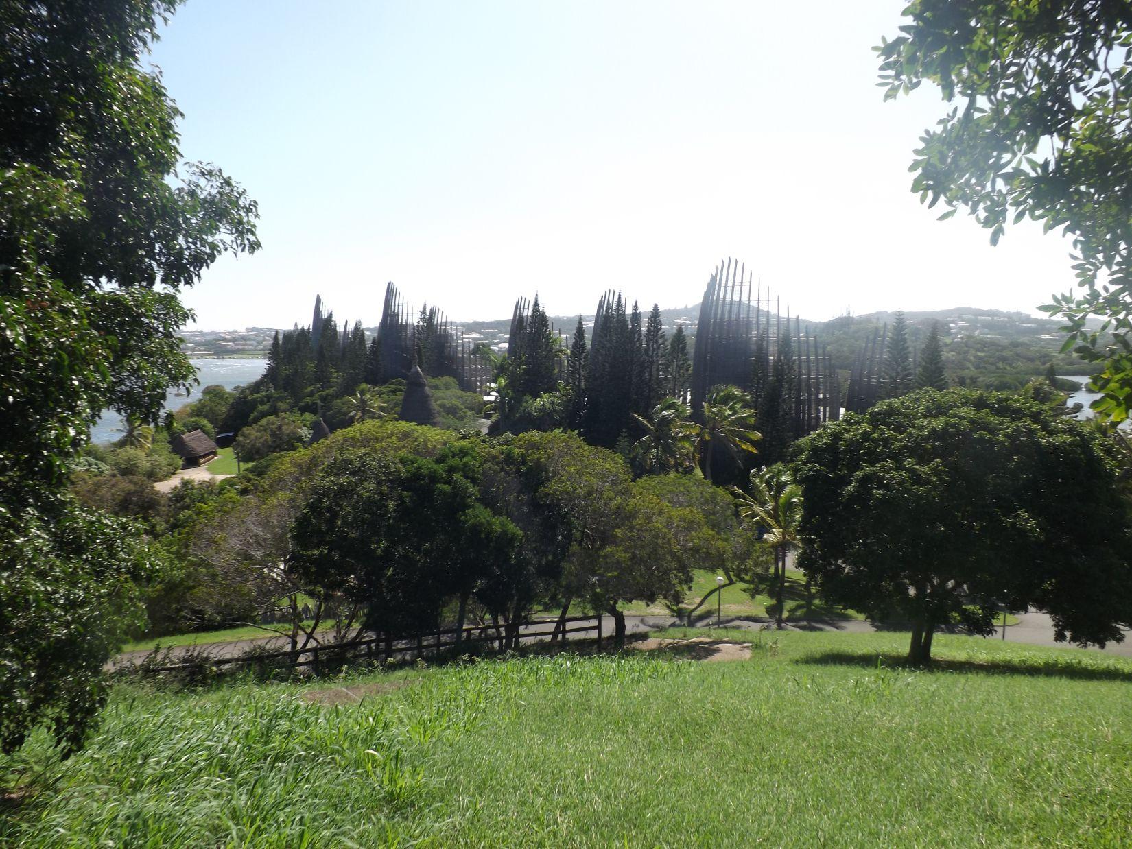 Visite du Centre culturel Tjibaou à Nouméa en Nouvelle-Calédonie