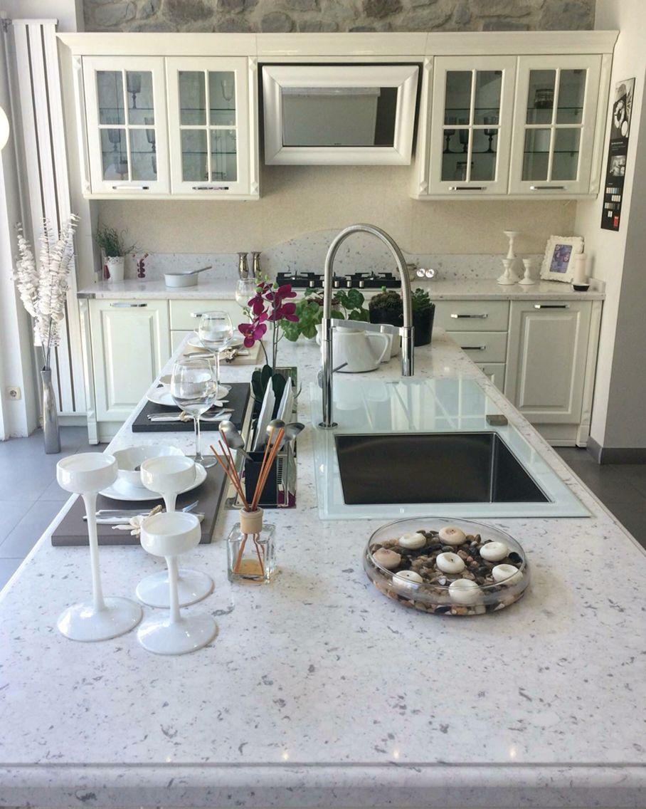 Silestone BIANCO RIVER quartz | island & countertop | New House ...