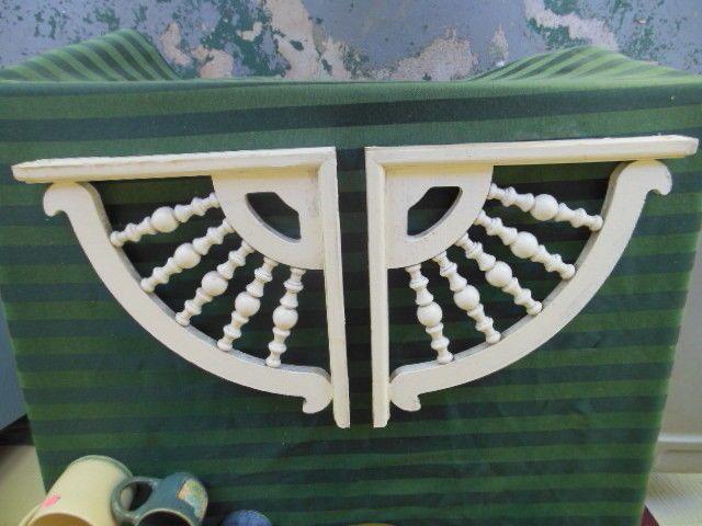 porch trim corner 2 gingerbread fretwork spindles vintage
