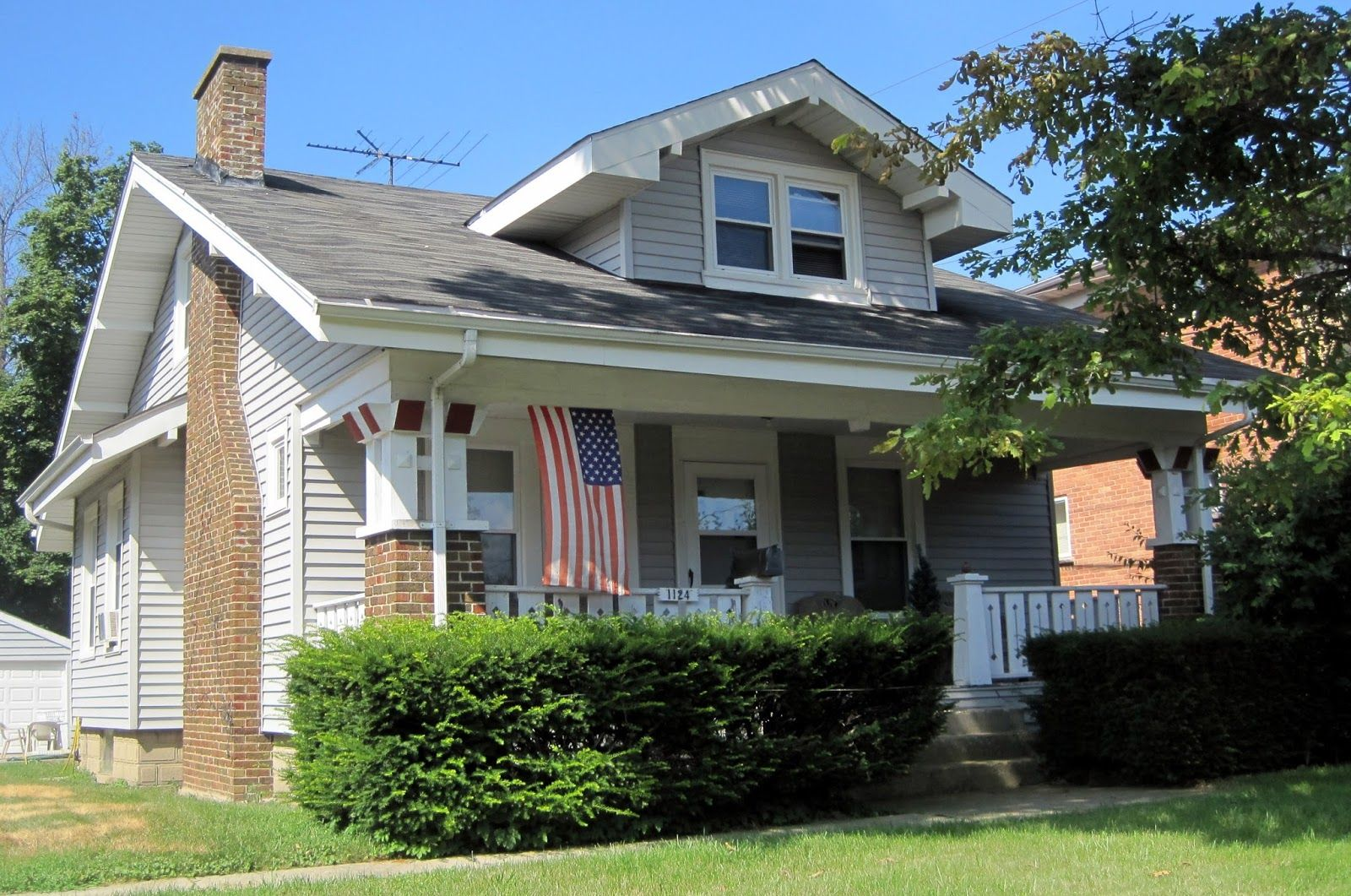 A Sears House Still Standing In Northbrook Porch Design Craftsman Style Homes Building A House