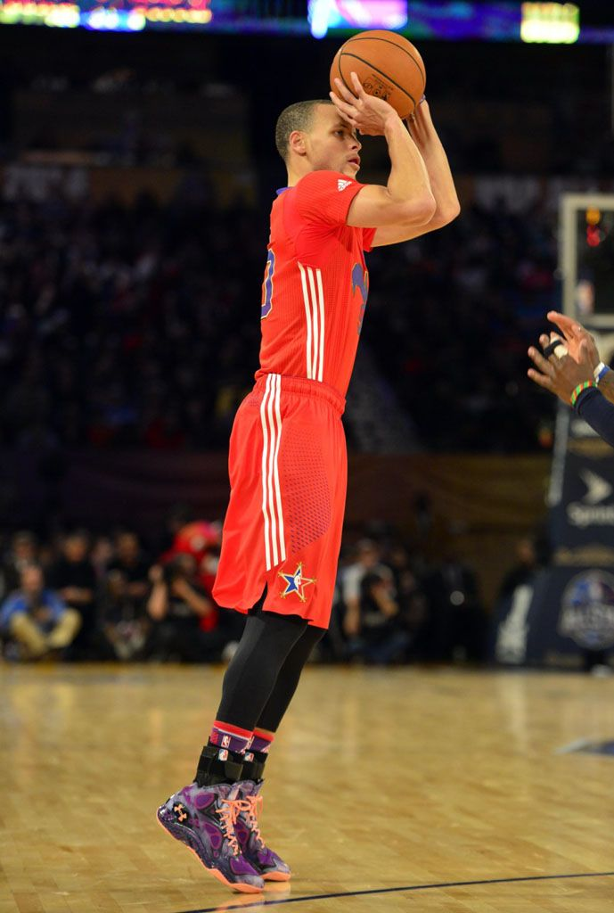 Stephen Curry wearing Under Armour Anatomix Spawn Voodoo